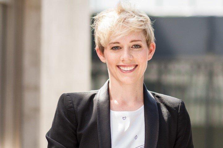 Dr. Steffi Burkhart